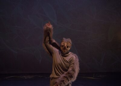 Sloth- in 'Animal Antics'- Choreographed by Eimear Byrne and Catriona Loftus, Mermaid Theatre, 2019.